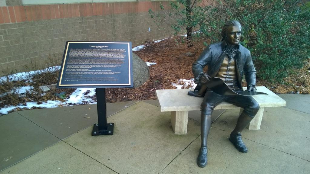 thomas jefferson statue iowa